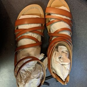 Size 12 women sandals NWT